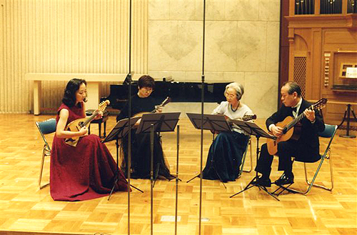 マンドリン普及活動開始100年コンサート